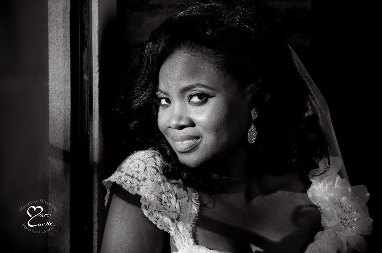 Detroit Nigerian Wedding Photographer photographs the Nigeria Bride in Metro Detroit, Michigan.