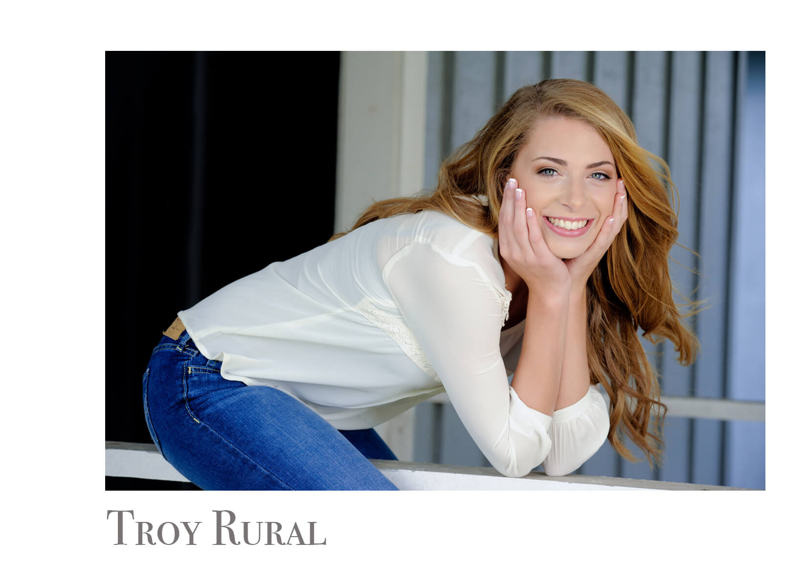 Troy Michigan senior photos shot on rural location for romantic feel within a metro Detroit area.