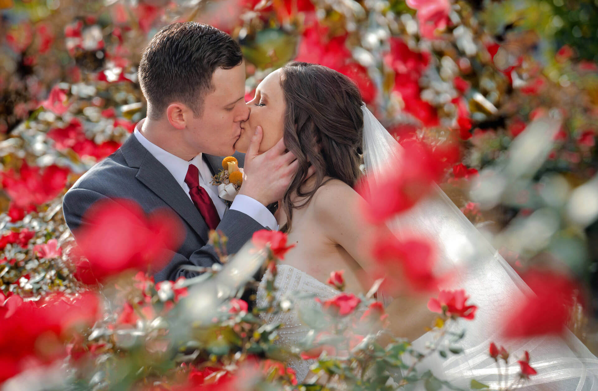 An Ohio couple smooches at the Gem Theater downtown Detroit, Michigan in their gardens.