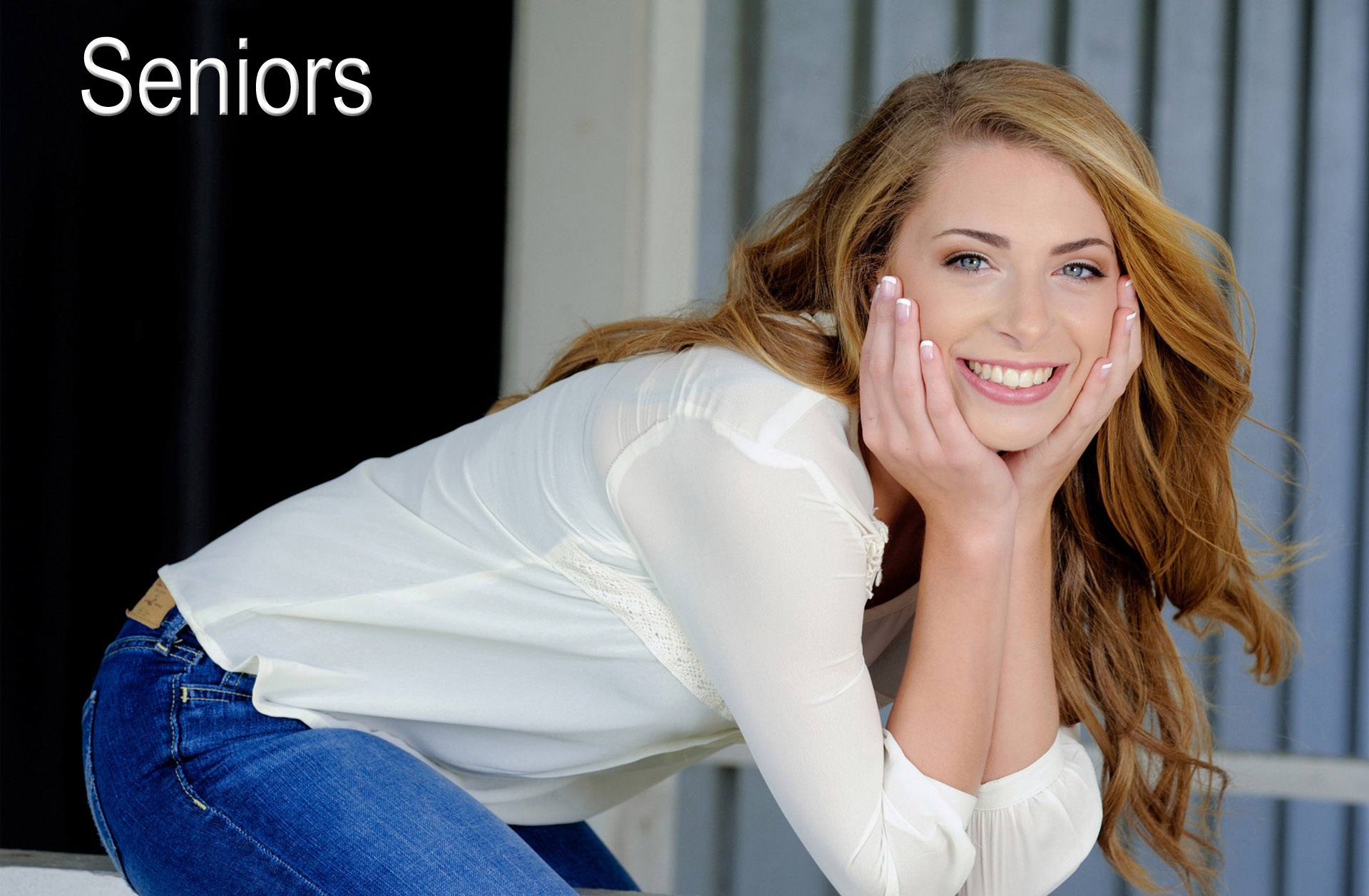 Best Troy, Michigan senior photographer photographs senior photos as buddy shoots or with their boyfriend or girlfriend as a romeo and juliet shoot. Taking senior photos with a friend can make the experience more relaxing. title=
