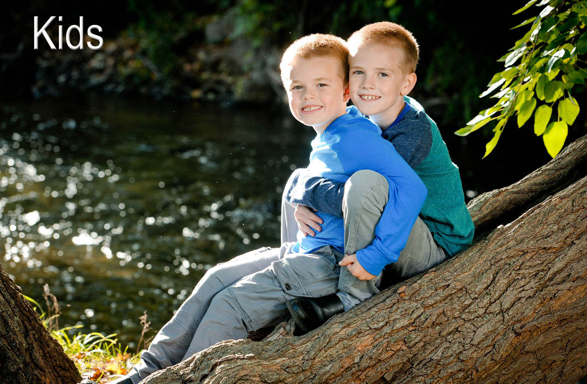Child photographer Marci Curtis photographs kids in a fun easy going way that showcases their personalities and relationships with each other in the Troy, Michigan area.