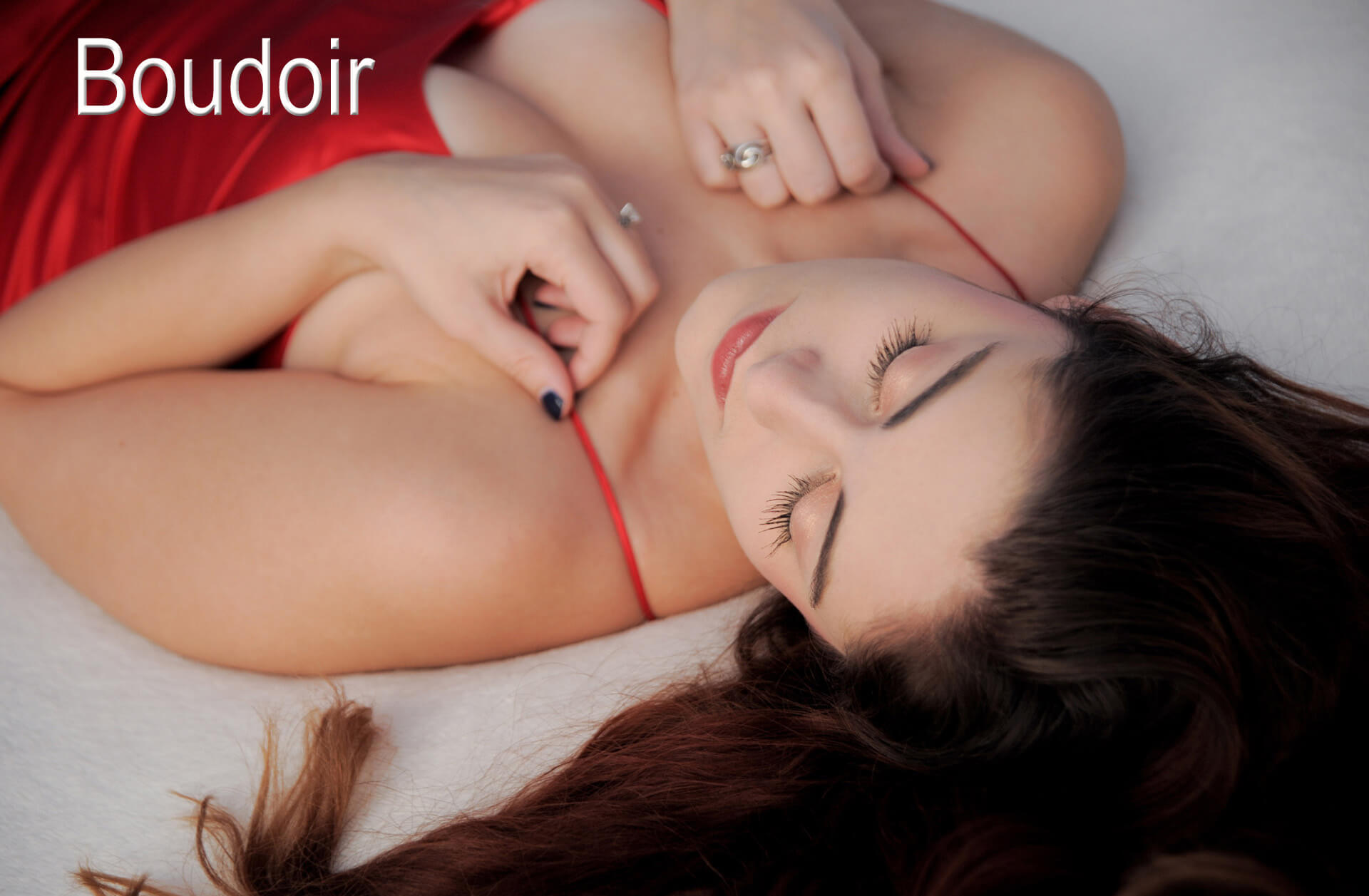 Boudoir style photographer is an experienced female photographer in the metro Detroit, Michigan area. Boudoir photography is either taken in your home or at a local hotel like this sample of boudoir photography.