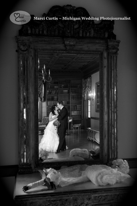 Grosse Pointe War Memorial Wedding photo, Michigan winter wedding venue