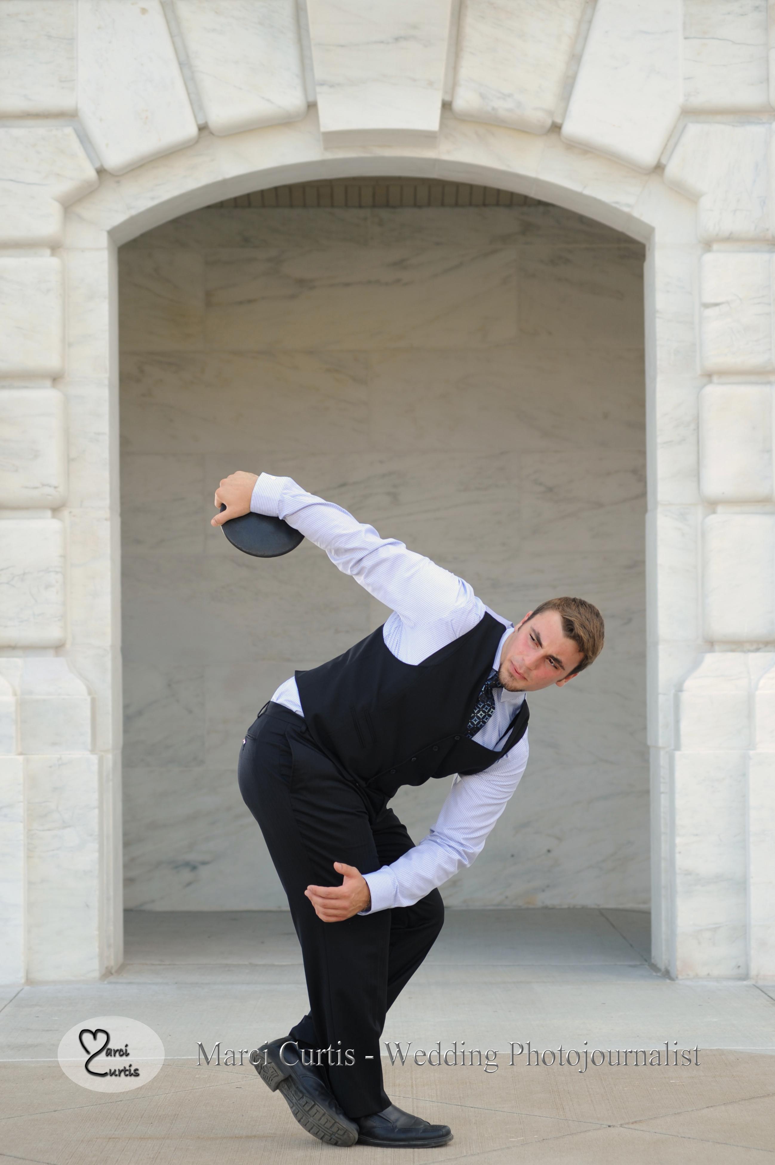 Classic discus thrower statue for senior photo