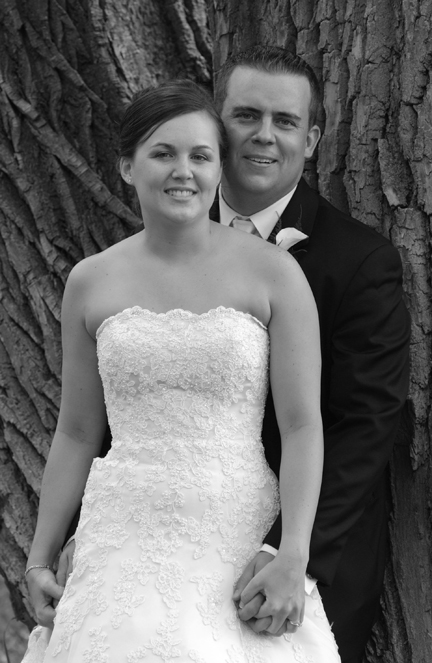 Michigan wedding photography is presented in the wedding photo gallery