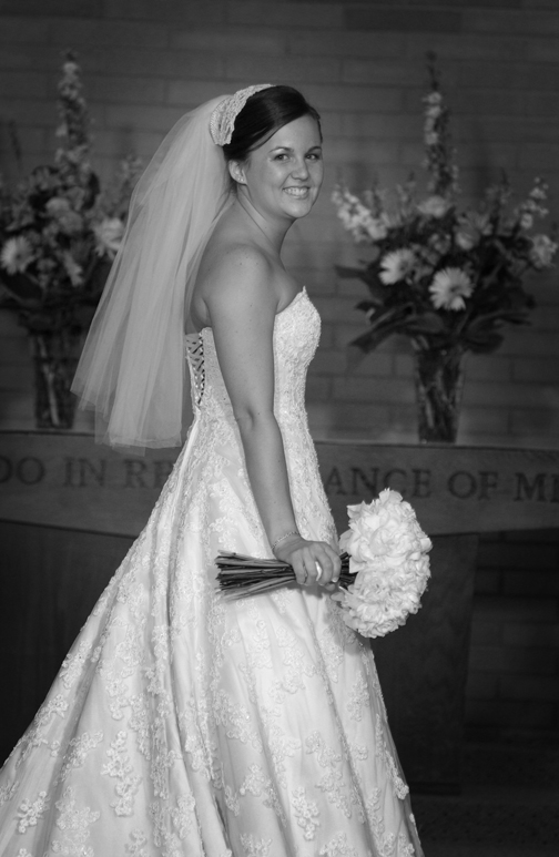 Michigan wedding photography gets great bridal portraits
