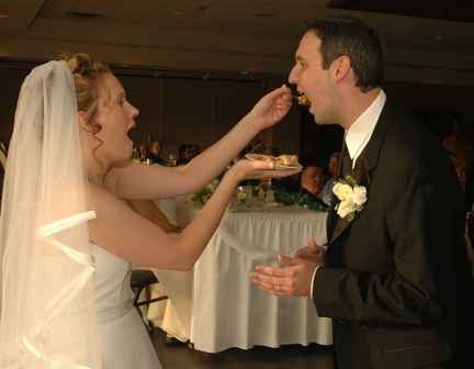 wedding photos in Michigan shot by an Oakland County wedding photojournalist