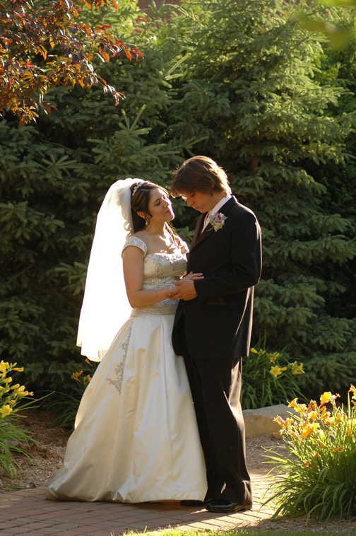 Michigan wedding photojournalist has many portfolios and photoalbums to preview