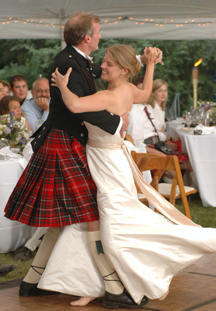Backyard wedding photography is always really fun, but when you through in traditional Scottish music, kilts and a lot of dancing, it's even more fun.
