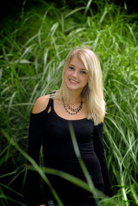 Michigan Farmington senior pictures shot with outfits of their choosing.