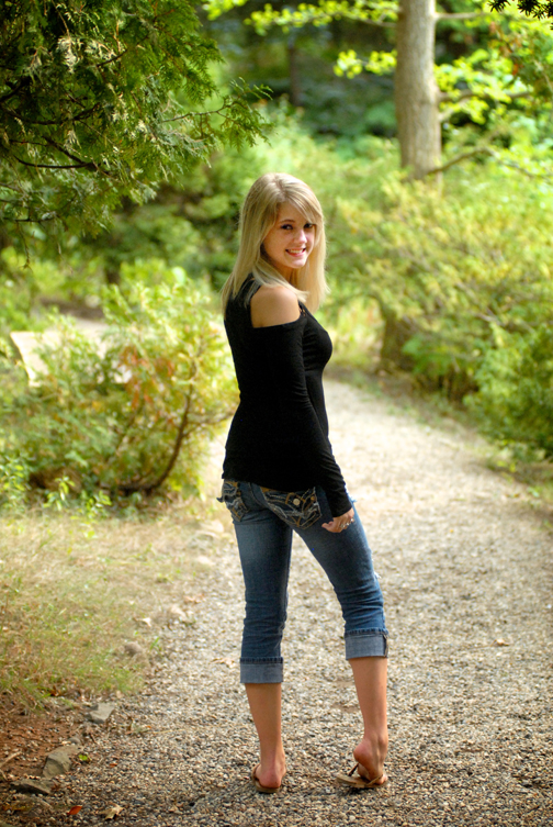Michigan Farmington senior pictures can be used as grandparent gifts.