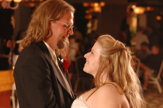 Clarkston Michigan  couple rave about Marci Curtis wedding photojournalist.