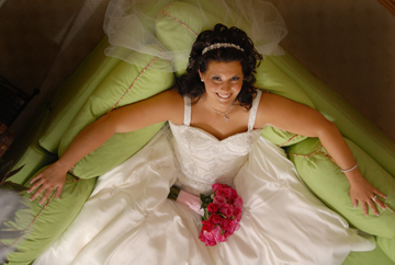 Michigan wedding photojournalist creates great images at Greystone in Romeo Michigan