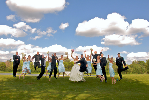 Warren Valley Golf Club wedding party jump on the fairway